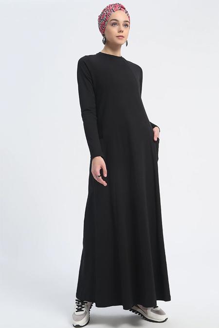 Everyday Basic Siyah Doğal Kumaşlı Cep Detaylı Elbise