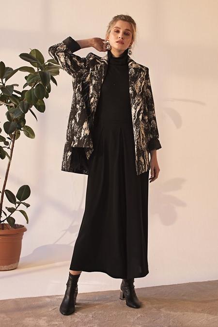 Merve Dağlı Desenli Magic Ceket
