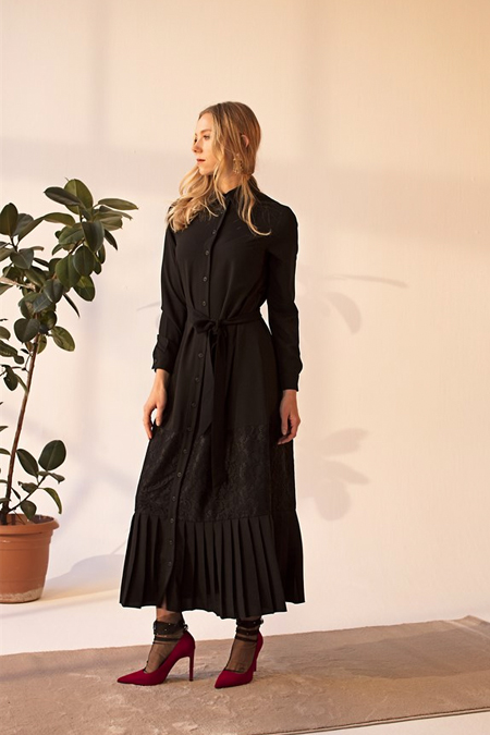 Merve Dağlı Siyah Mary Elbise