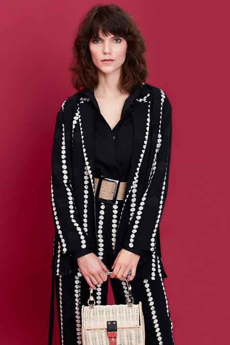 İpekyol Siyah Puantiye Desenli Ceket