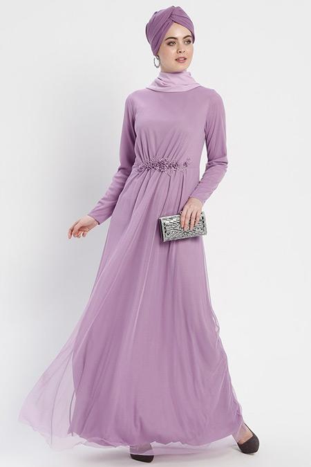 Şanlı Lila Beli Güpür Detaylı Abiye Elbise