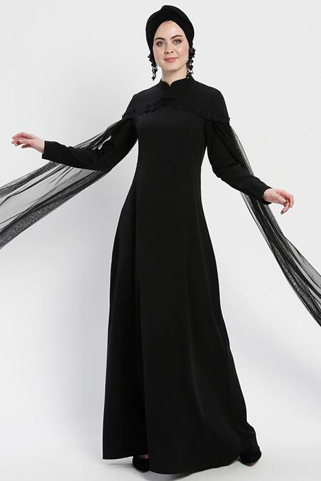 Şanlı Siyah Kolları Tül Detaylı Abiye Elbise