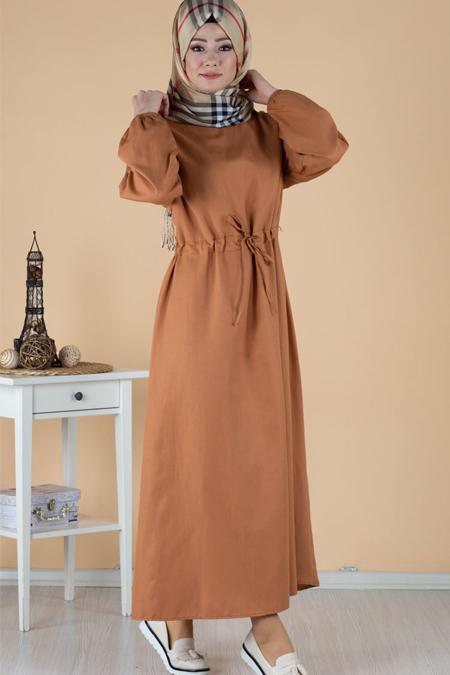 Düğme Detaylı Tesettür Elbise