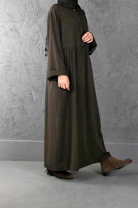 Esra Keskin Demir Haki Büzgü Detaylı Elbise