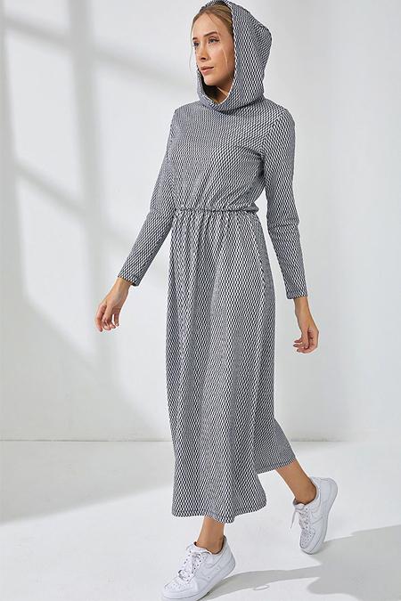 Muni Muni Siyah Doğal Kumaşlı Kapüşonlu Elbise