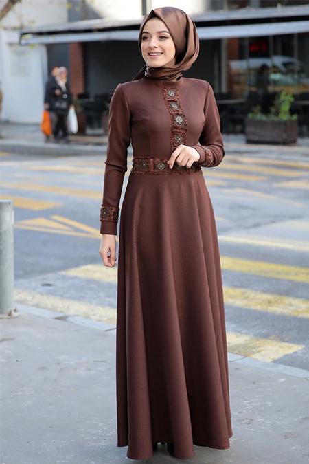 Zehrace Kahverengi Balıkçı Yaka Elbise