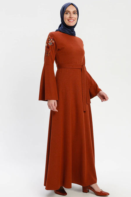 ELİT LİFE Kiremit Nakış Detaylı Elbise