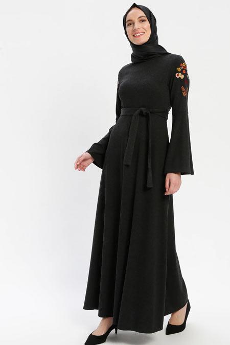 ELİT LİFE Siyah Nakış Detaylı Elbise