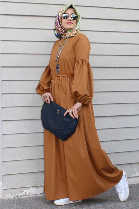 Kübra Biriktir Hardal Semra Elbise