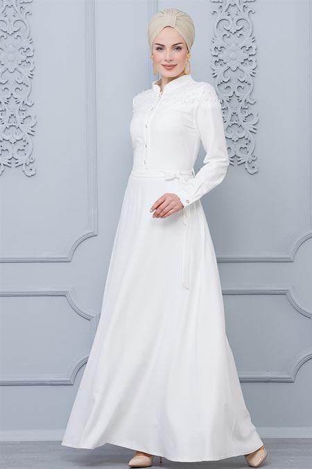 Butik Neşe Beyaz İncili Lazer Kesim Detaylı Elbise