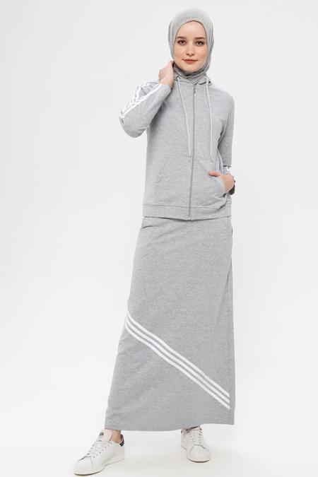 Bwest Gri Kapüşonlu Sweatshirt & Etek İkili Takım