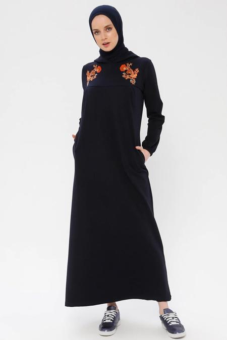 Bwest Lacivert Nakış Detaylı Kapüşonlu Elbise