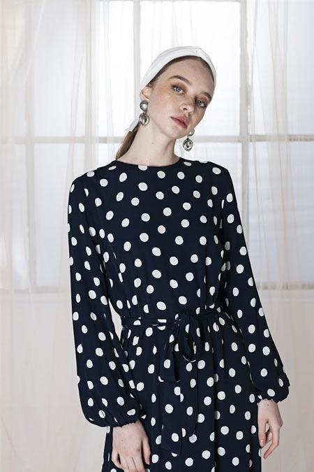 Merve Dağlı Puantiyeli Elbise