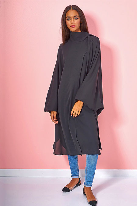 Siyah Fular Detaylı Ferace Tunik