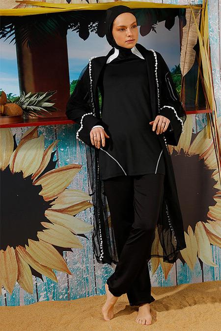 Mayovera Siyah Beyaz Ponponlu Plaj Elbisesi
