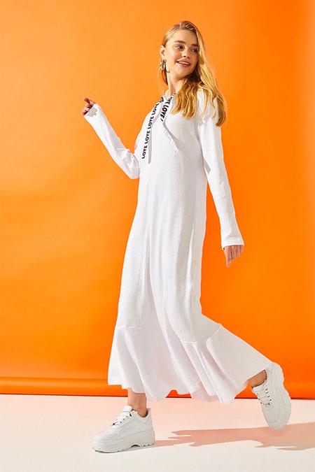 Muni Muni Beyaz Kapüşonlu Elbise