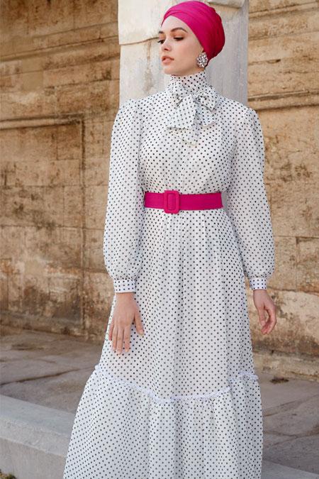 Nihan Peker Ekru Yaka Detaylı Puantiyeli Elbise