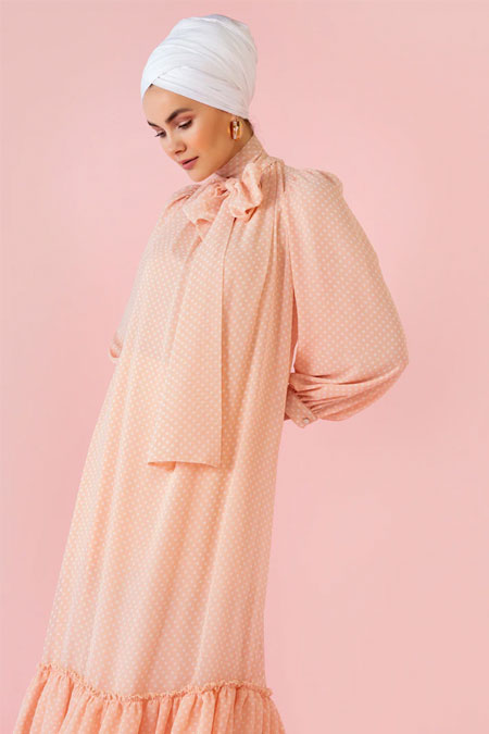 Nihan Peker Pudra Yaka Detaylı Puantiyeli Elbise