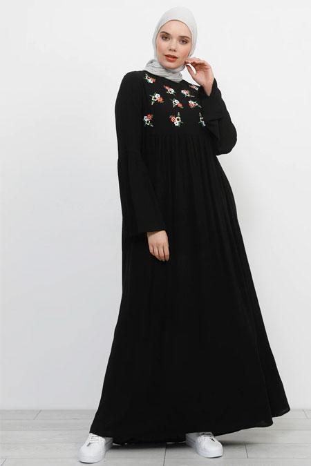 Refka Siyah Doğal Kumaşlı Nakış Detaylı Elbise