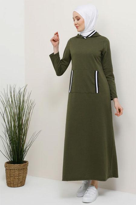 Tavin Haki Cep Detaylı Kapüşonlu Elbise