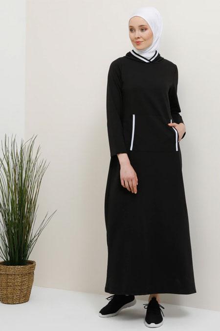 Tavin Siyah Cep Detaylı Kapüşonlu Elbise