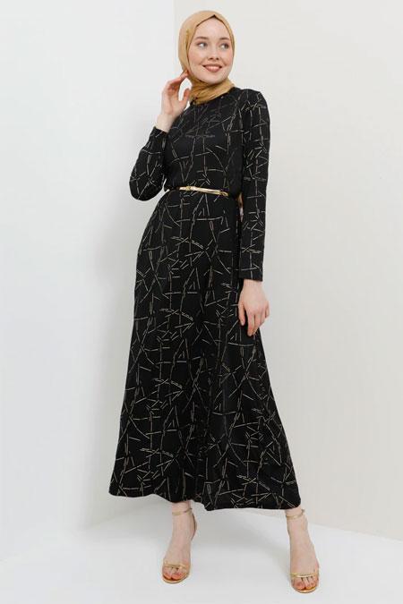 Tavin Siyah Kemerli Gold Baskılı Elbise