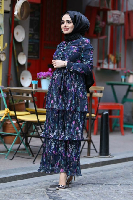 Gülşen Üstün Lacivert Katkat Şifon Elbise