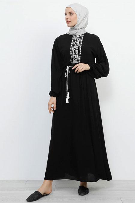 Refka Siyah Nakış Detaylı Beli Lastikli Elbise