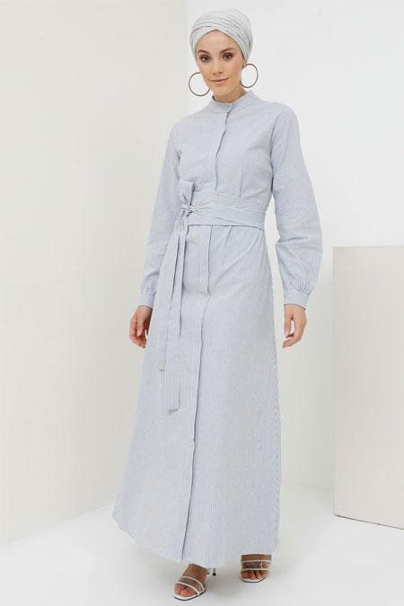 Benin Mavi Beyaz Doğal Kumaşlı Boydan Gizli Düğmeli Elbise