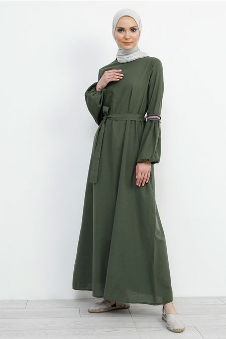 Refka Yeşil Doğal Kumaşlı Kol Detaylı Elbise