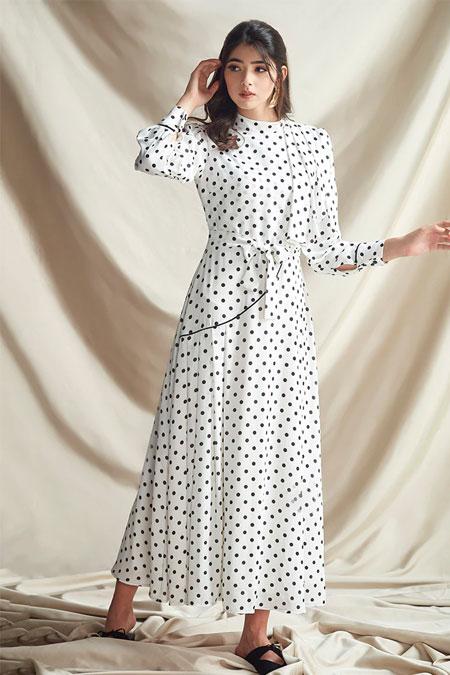 Nurbanu Kural Ekru Puantiyeli Elbise