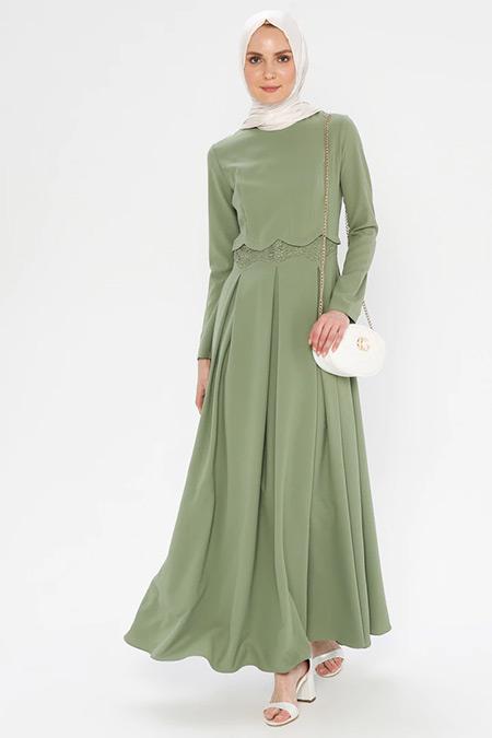 Puane Yeşil Pileli Elbise