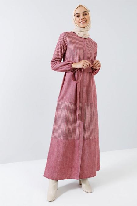 Benin Kırmızı Doğal Kumaşlı Boydan Gizli Düğmeli Elbise