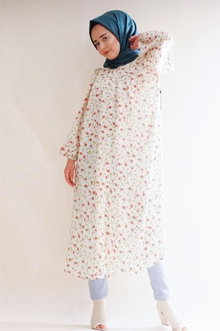 Sümeyra Küçükşahin Krem Çiçekli Tunik Gömlek