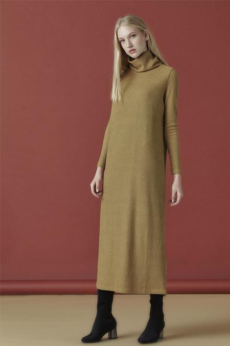 Arzen Safran Parlak Kumaş Elbise