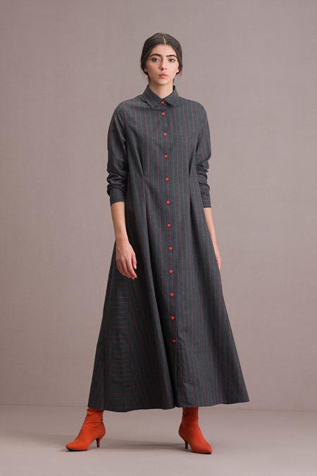 Eda Atalay Düğme Detaylı Gri Çizgili Gömlek Elbise