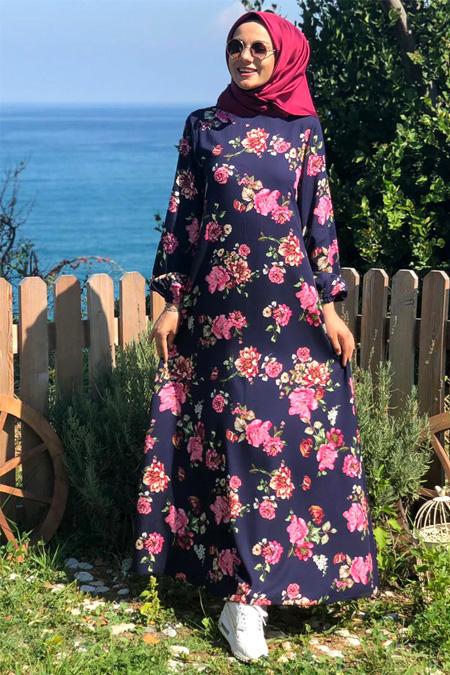 Kübra Biriktir Lacivert Çiçek Desenli Elbise
