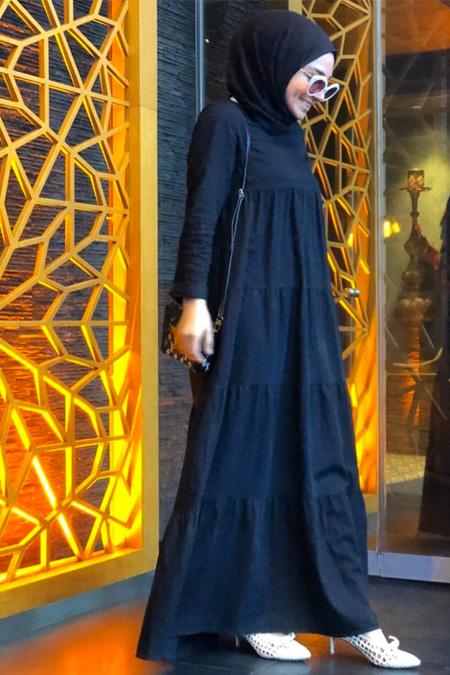 Neways Siyah Sade Elbise