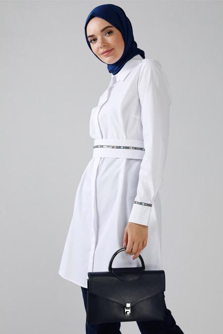 Refka Beyaz Doğal Kumaşlı Gizli Düğmeli Tunik