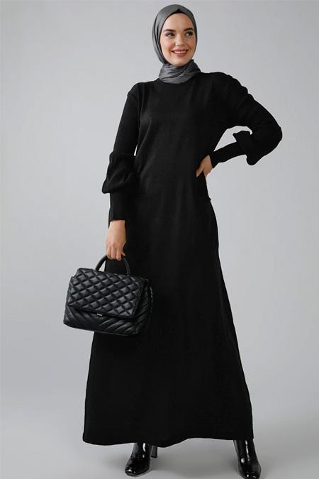 Refka Siyah Balon Kol Detaylı Cepli Triko Elbise