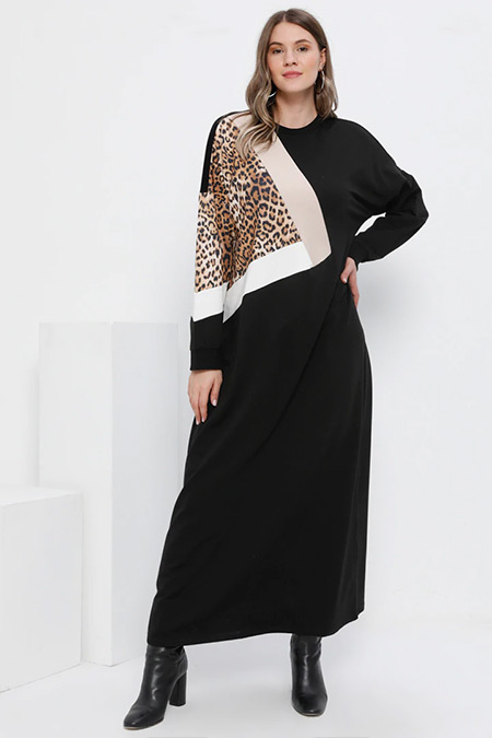 Alia Siyah Doğal Kumaşlı Garnili Spor Elbise