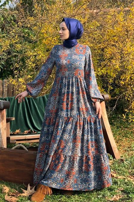 Kübra Biriktir Lacivert Elbise
