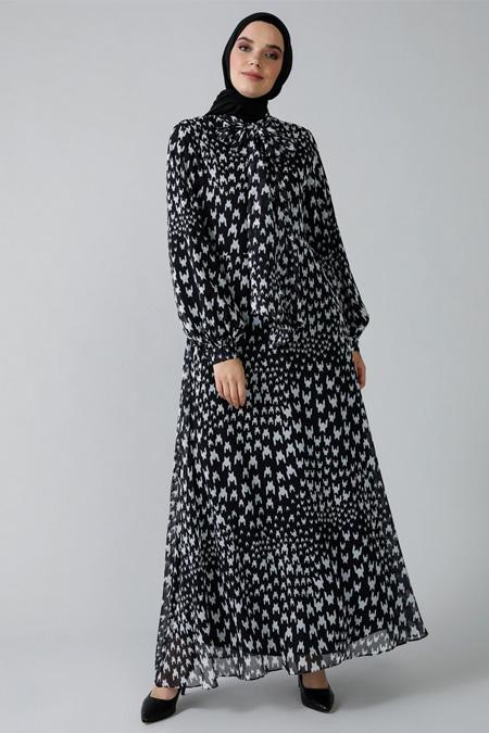 Refka Siyah Beyaz Yakası Bağlamalı Desenli Şifon Elbise
