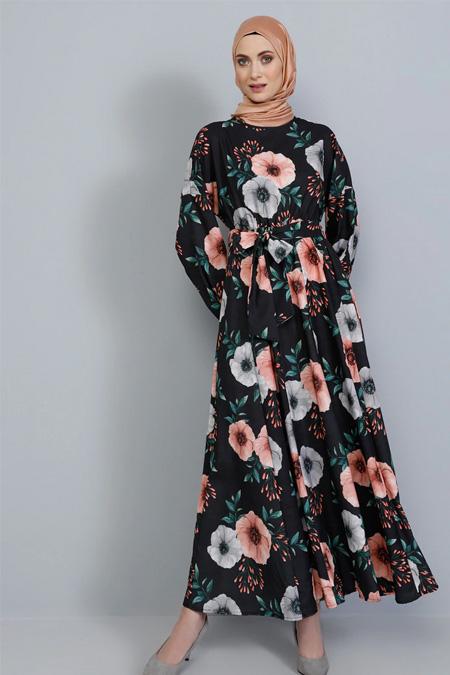 Tavin Siyah Çiçek Desenli Kuşaklı Elbise