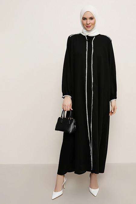 Alia Siyah Beyaz Fisto Detaylı Yakası Bağcıklı Elbise