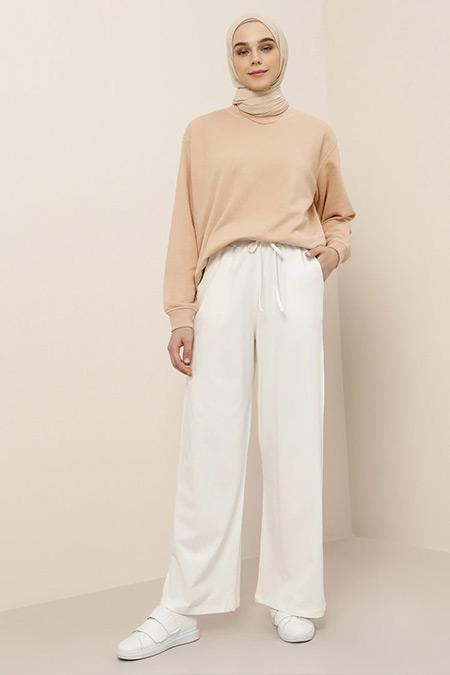 Benin Beyaz Doğal Kumaşlı Beli Lastikli Cepli Pantolon