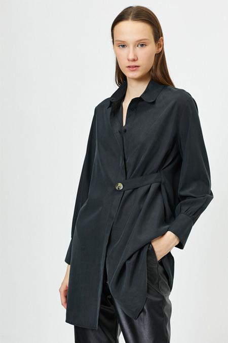 Koton Siyah Düğme Detaylı Tunik
