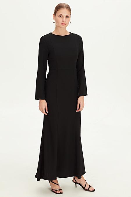 LC Waikiki Siyah Düz Kesim Uzun Elbise