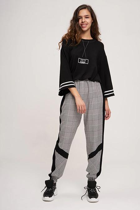 MIZALLE YOUTH Siyah Beyaz Paçası Şeritli Pantolon