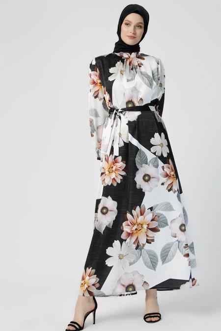 Refka Beyaz Siyah Desenli Elbise